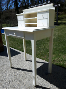 Small Writing Desk *Delivery Available*