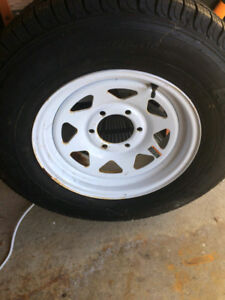 Trailer rim and tire never used