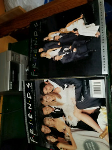 F. R. I. E. N. D. S. Collectors coffee table books (2)