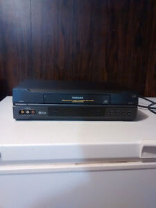 Toshiba; 4 Head VCR & 50 VCR Tapes