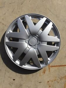 "16"" hubcaps for Toyota Sienna or any 16""rim"