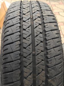 4 - Pneus Firestone FR710 - P185/65R14 All Season