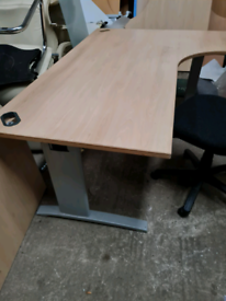 Beech managers corner office desk 1800 mm