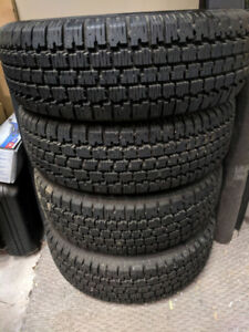 Set of 4 Nordic Wintertrac winter tires/ 3 rims. 195/70R14