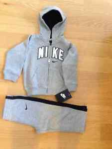 NEW NIKE GREY TRACKSUIT FOR BABY BOY SIZE 12M 18M