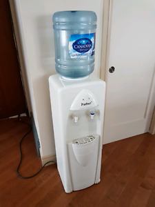 Water cooler with jug