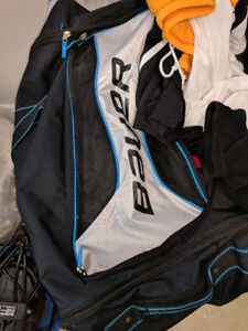 Men's Hockey Gear - FULL SET - Like New (absolutely no smell)