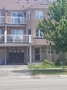 SPACIOUS TOWNHOME FOR RENT IN MILTON. 2 BEDROOMS, 1.5 BATHROOMS.