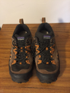 Patagonia T80393 Mens US 9.5 Drifter Hiking Shoes Trail Running