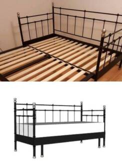 Nearly New IKEA Daybed frame, sofa/single bed/double bed/king bed