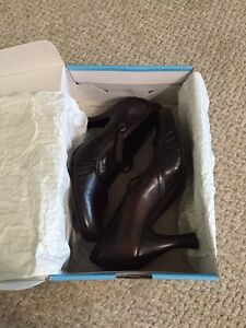 Size 38 (8) Brown Leather Women's Shoes Peterborough Peterborough Area image 3