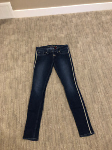 Guess jeans size 24-26