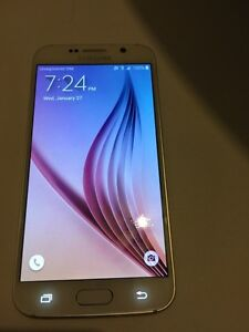 For sale white Samsung Galaxy s6 32GB Telus  in great condition