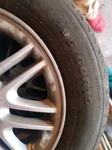 4 pneus  Summer  tire and mags   15 po