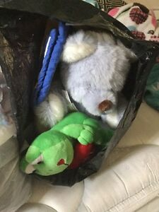 Free frog and teddy bear  homemade oven mitts
