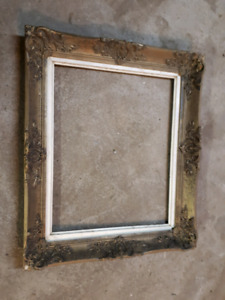 Beautiful Hand Carved Antique Picture Frame