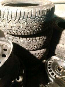 4x 235/55R17 winter General Altimax Arctic tires d'hiver lik new