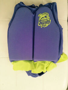 Swimsuit Learn to swim with holdable oads