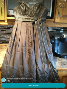 DANIER leather dress size 6 ( new)