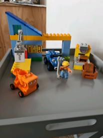 Lego Duplo Bob the Builder Scrambler and Dizzy at Bob's workshop set