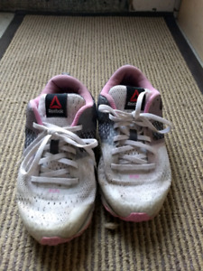 Girls Running shoes, brand names