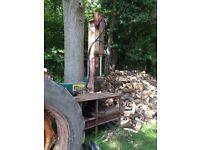Log splitter and opperator