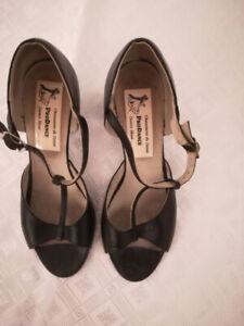 soulier danse achetez ou vendez des chaussures pour. Black Bedroom Furniture Sets. Home Design Ideas