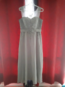 Light grey formal dress. Size 14 to 16