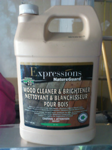 Deck Patio Wood Cleaner and Brightener - NEW
