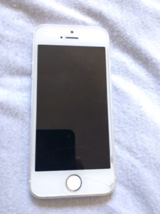 IPhone 5s white 64gb unlocked for sale $150