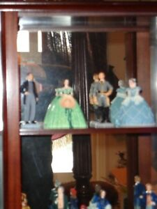 Franklin Mint Gone with the Wind Figurines with Display Cabinet West Island Greater Montréal image 2