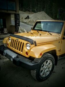 2013 Jeep Wrangler Sahara with Leather SUV, Crossover