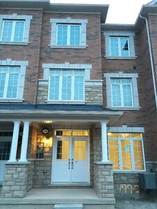 Executive Townhome in Oakville for Lease - Great Deal
