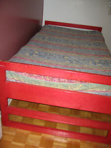 Twin size Solid wood Bed