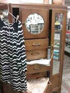 Mirrors wardrobe,  cabinets, cupboards & 600 booths to explore  Cambridge Kitchener Area image 1