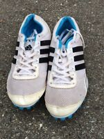 Adidas running track shoes with spikes
