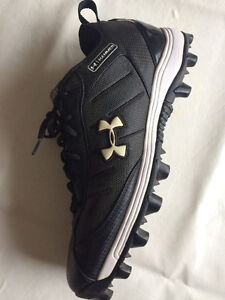 Under Amour Football Shoes Size 10.5