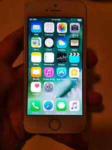 Iphone 5SE 16gb Lock to Rogers/ Fido and Chatr
