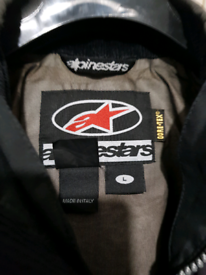 Alpinestar gore-tex size Large motorcycle jacket. Complete with armour