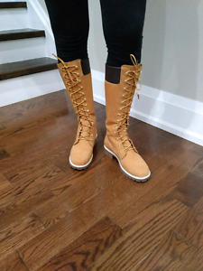 Timberland Tall Side leather boots size 8