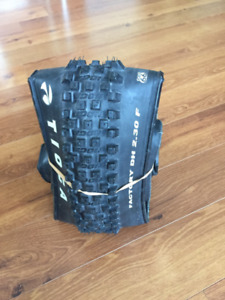 TIOGA FACTORY DH 26 X 2.3 Front Tire