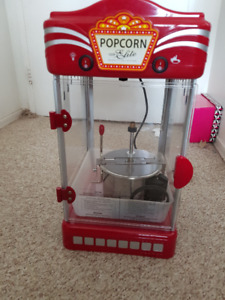 POPCORN MACHINE FOR SALE. EXCELLENT CONDITION!!!