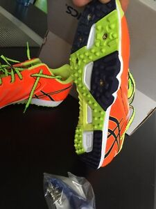 Beautiful Asics track cross country shoes London Ontario image 2