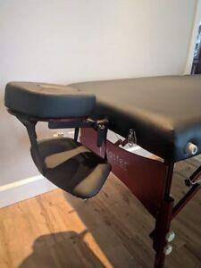 Table de massage (beaucoup d'inclusions)