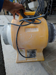 Americ Corporation VAF-1500 blower/extractor Light Industrial