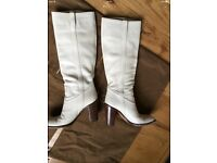 Gucci White (off-White) Leather Boots-Size 37C EUR - 4Uk