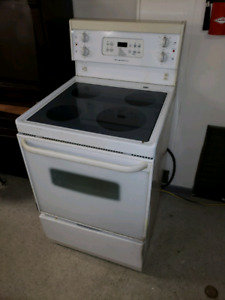 24 inch flat top stove