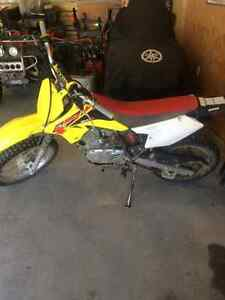 2014 Suzuki 125 DRZ Dirtbike and Riding Gear