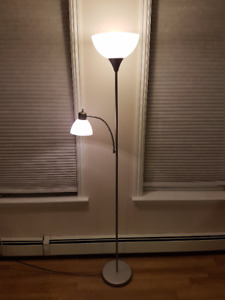 Floor lamp with adjustable reading light- silver