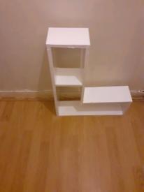 L shape walls shelves